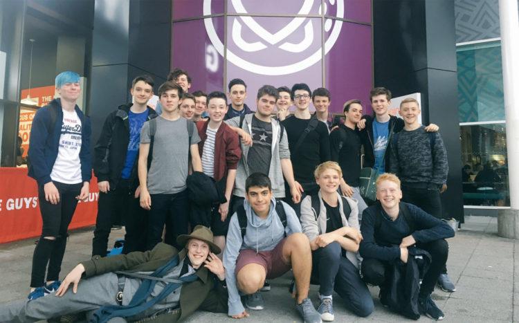 boys-schol-mg